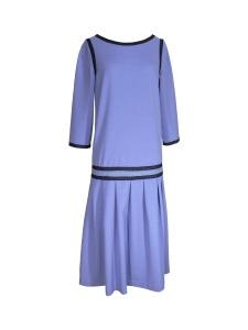 Robe d'inspiration années 20 en crêpe bleu lavande