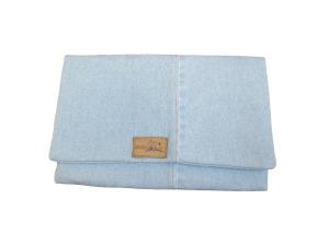 Pochette en jean délavé de récupération