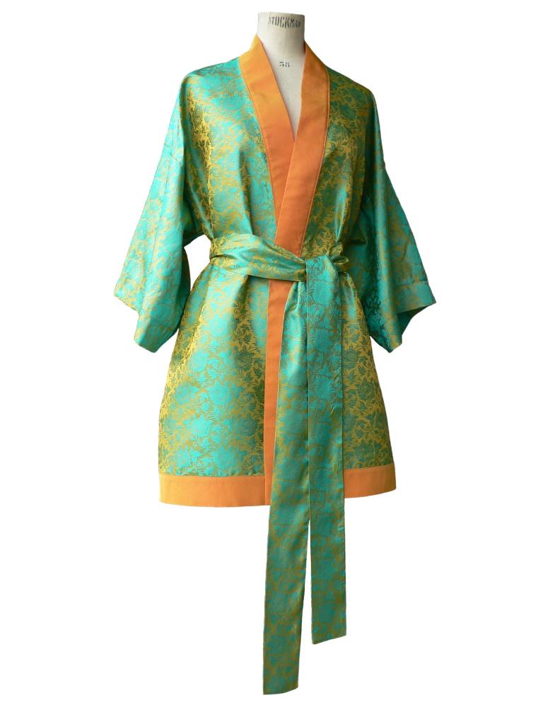 Kimono long en jacquard de soie vert et jaune safran