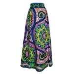 Jupe longue évasée à plis irréguliers en wax à motifs fleurs et arabesques