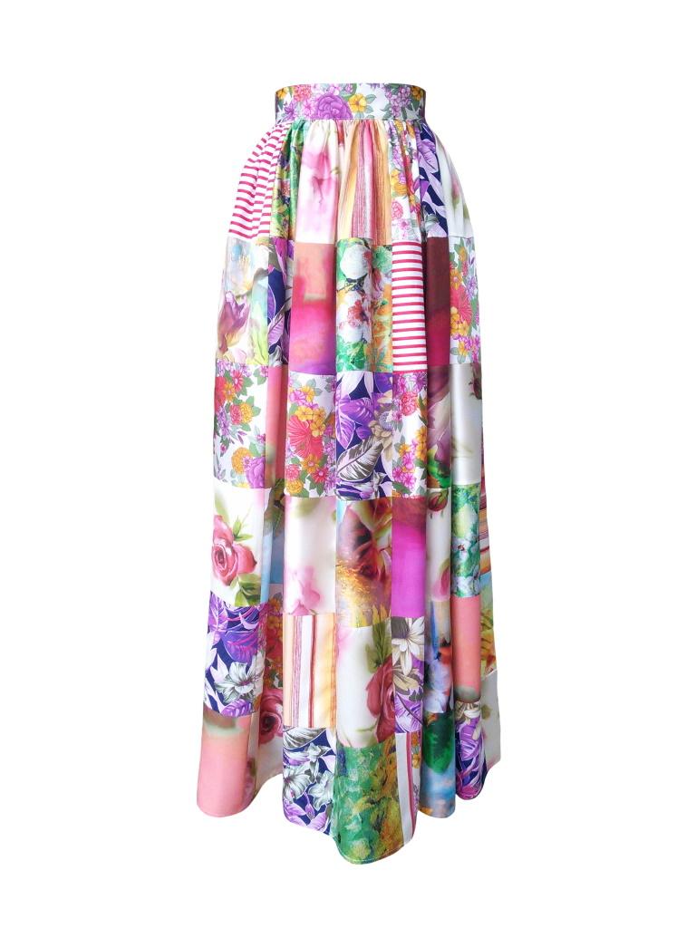 Jupe longue taille froncée en patchwork de soie et coton