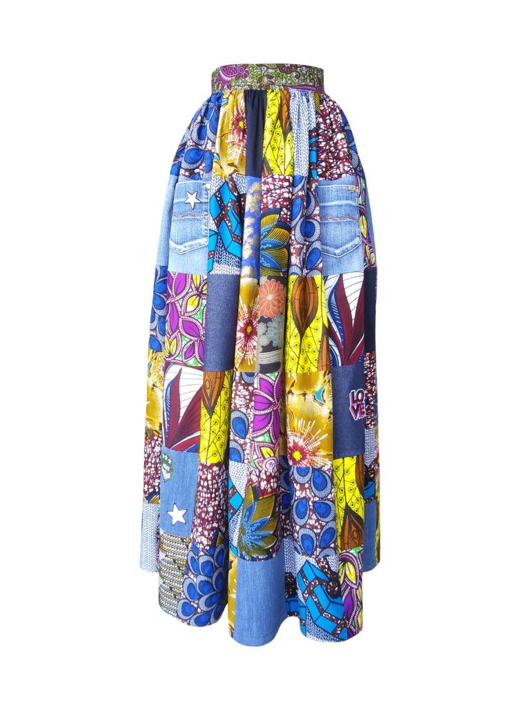 Jupe longue taille froncée en patchwork de jean et wax