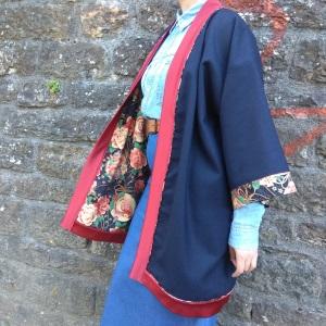 Idée look - Kimono long en laine bleu marine et coton japonais vintage