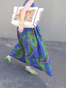 Idée look - Robe dos nu transformable en wax à imprimé végétal bleu et vert